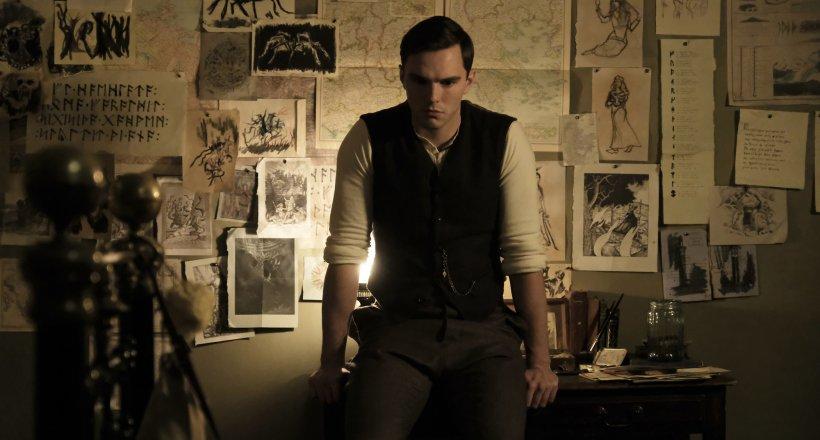 Nicholas Hoult als J. R. R. Tolkien